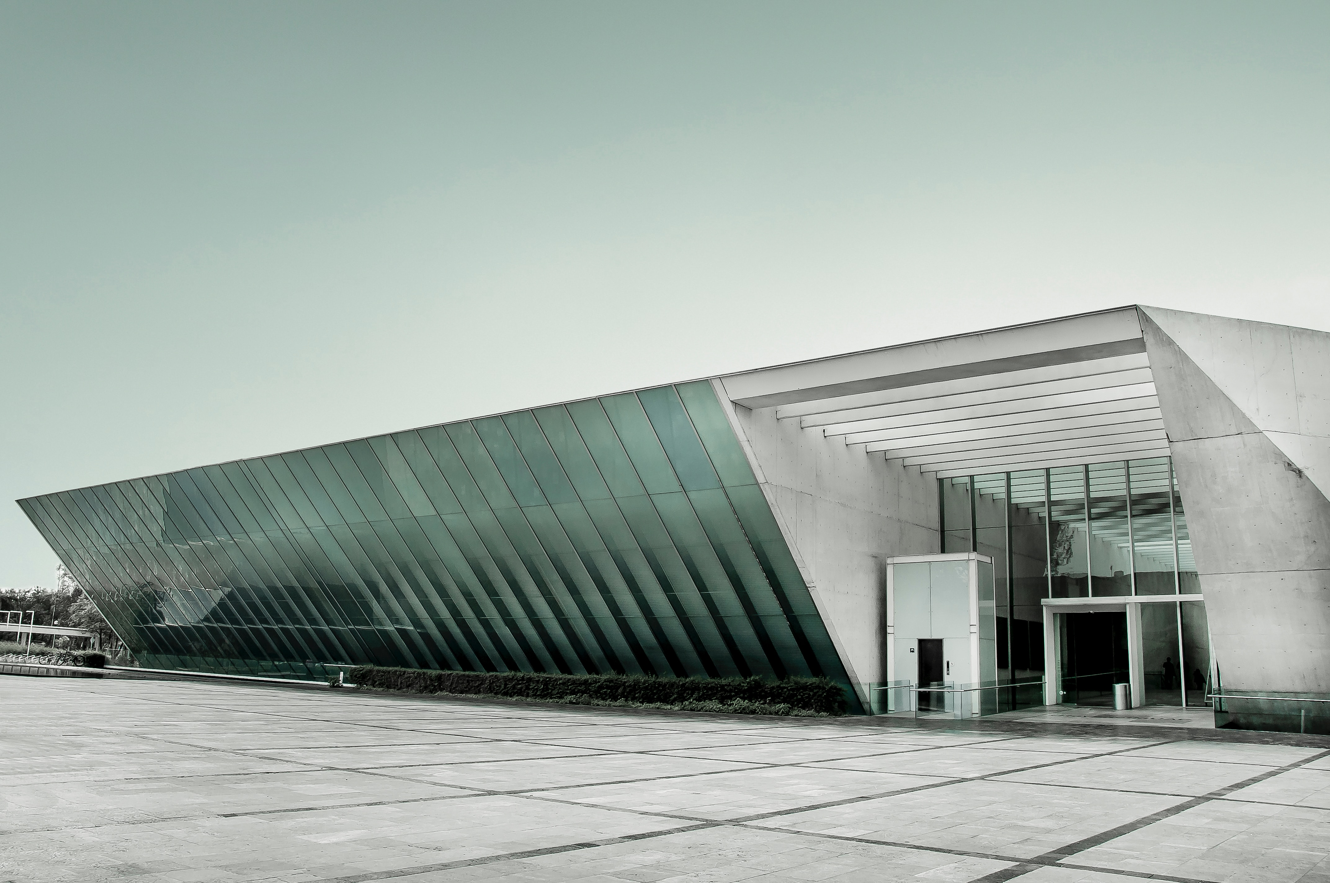 How can your business benefit from a steel building?